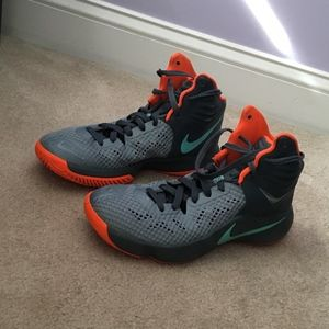 Nike Zoom Basketball Shoes